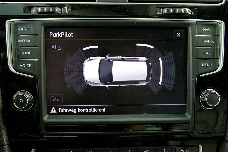 800px-Parking_Assist